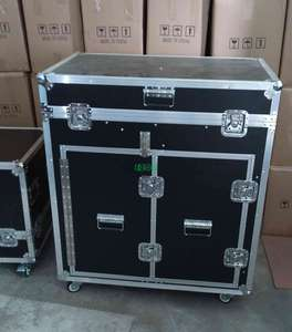 Aluminum flight case for audio equipment
